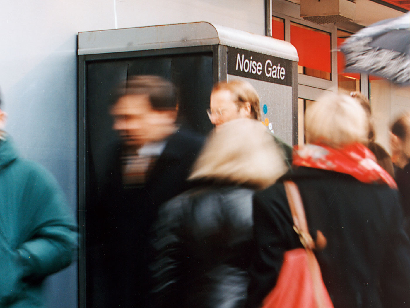 NOISE GATE - Solution for a noisy planet.  Photo: Hans Skoglund
